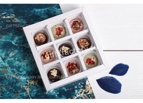 Набор шоколадных конфет ручной работы 9 шт