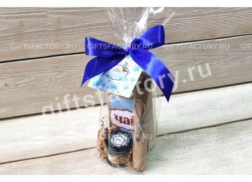 Подарок Чай и маленькая баночка варенья